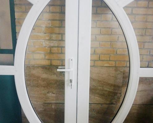 اجرای خم پروفیل درب و پنجره دوجداره upvc