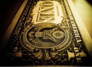 صعود دلار به قله چهارهفته ای