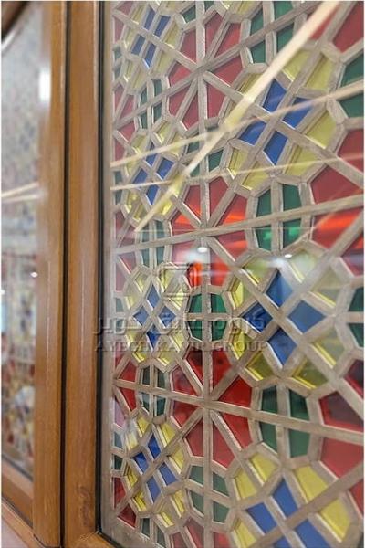 پنجره دوجداره شیشه سنتی
